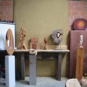 Opnames door omroep walraven bij Creapoelka open atelier tijdens de open atelier dagen in de Week van het maken.